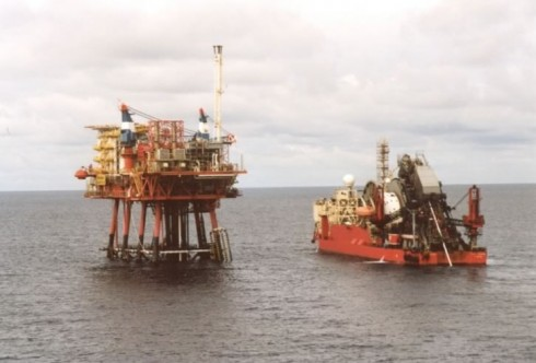 Pipe-laying Vessel approaching Bravo